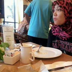 Photo taken at Lobby Cafe by Muhd Jais A. on 7/6/2012