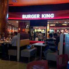 Photo taken at Burger King by Luis C. on 6/9/2012