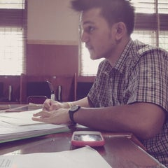 Photo taken at Perpustakaan FK USU by Irwin L. on 6/14/2012
