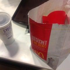Photo taken at McDonald's by Harlemknite on 6/28/2012