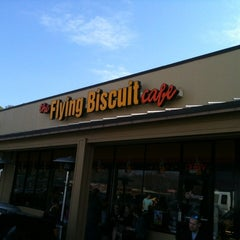 Photo taken at Flying Biscuit Cafe West Paces by Sandra D. on 3/11/2012