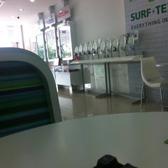 Photo taken at Maxis Centre by Diffan Y. on 3/13/2012