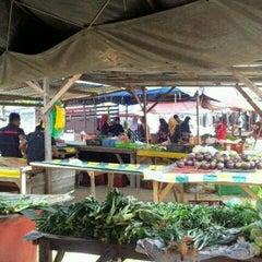 Photo taken at Pasar Besar Dungun by Ahmad R. on 8/17/2012