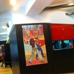Photo taken at Pizza Hut by Santosh K. on 7/15/2012