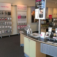 Photo taken at T-Mobile by Jose H. on 5/17/2012
