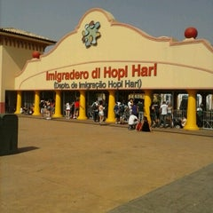 Photo taken at Hopi Hari by Rafael F. on 9/7/2012