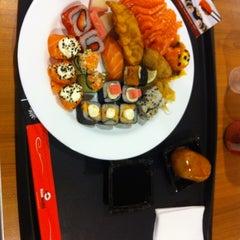 Photo taken at Kiai Sushi by Elyzanon O. on 5/4/2012