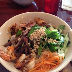 Photo taken at Pho Thang by MaryClau V. on 4/6/2012