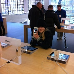Photo taken at Apple Store, West 14th Street by Jens Lernø S. on 2/26/2012
