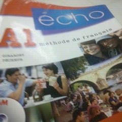 Photo taken at Alianza Francesa by Víctor S. on 5/23/2012