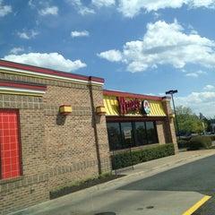 Photo taken at Wendy's by Annalyssa V. on 4/10/2012