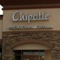 Photo taken at Chipotle Mexican Grill by IE on 2/15/2012