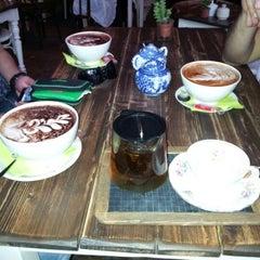 Photo taken at Café Resonanz by Violeta M. on 8/16/2012