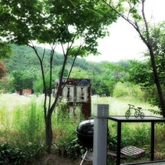 Photo taken at 물고기나무 by Peter C. on 6/16/2012