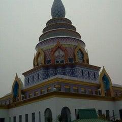 Photo taken at วัดท่าตอน by Highway'angel P. on 3/11/2012