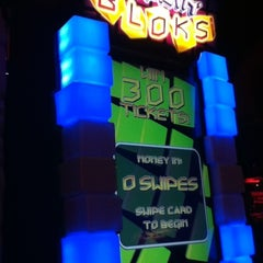 Photo taken at Dave & Busters by Nickie L. on 2/26/2012