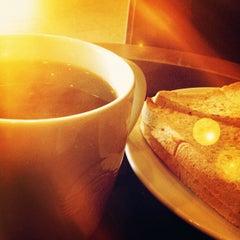 Photo taken at Starbucks (สตาร์บัคส์) by Noppharuj P. on 6/22/2012