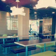 Photo taken at McDonald's by Alex C. on 6/19/2012