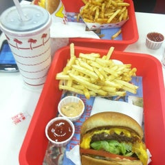 Photo taken at In-N-Out Burger by Alexis B. on 4/7/2012