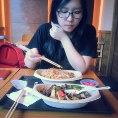 Photo taken at Yaki Star by Jung L. on 8/22/2012