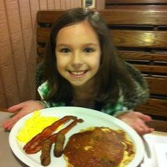 Photo taken at Egg Harbor Cafe by Steve L. on 3/14/2012