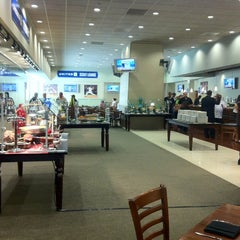 Photo taken at United Scout Lounge by Geoff F. on 9/13/2012
