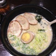Photo taken at Ajisen Ramen by Tetsuya W. on 3/18/2012