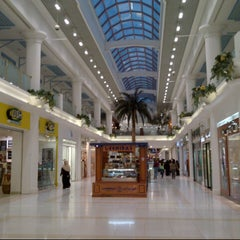 Photo taken at Landmark Mall | اللاندمارك by Maher H. on 9/8/2012