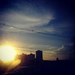 Photo taken at Avenida Djalma Batista by Rafael R. on 5/29/2012