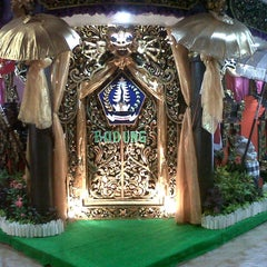 Photo taken at Taman Werdhi Budaya Art Center by dewa h. on 8/14/2012