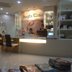 Photo taken at Panipha Clinic @ Empire Nimman by Gnok S. on 4/6/2012
