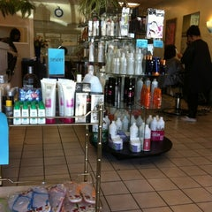 Photo taken at Lyn Hair Salon by C.Y. L. on 9/1/2012