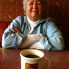 Photo taken at Shari's Restaurant by Mickey T. on 4/22/2012