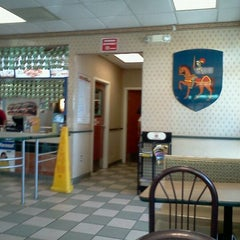 Photo taken at Burger King® by Darrell R. on 2/24/2012