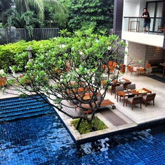 Photo taken at Woodlands Suites Serviced Residences Pattaya by Kookai K. on 3/16/2012