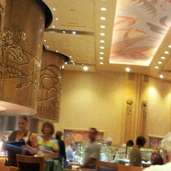 Photo taken at Epic Buffet at Hollywood Casino by Jason A. on 6/1/2012