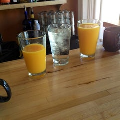Photo taken at Gott Gourmet Café by Bryce B. on 3/25/2012