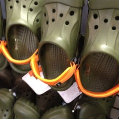Photo taken at Crocs Outlet by Phil Y. on 3/25/2012