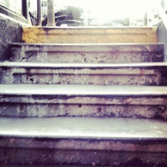 Photo taken at MTA Subway - 68th St/Hunter College (6) by Ali W. on 4/24/2012