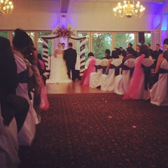 Photo taken at Highland Park Country Club by Stries C. on 9/7/2012