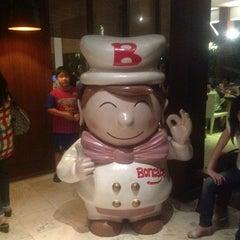 Photo taken at Boncafe by Rusdhi on 7/28/2012