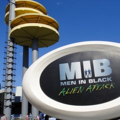 Photo taken at MEN IN BLACK: Alien Attack by Undercover Tourist on 2/3/2012