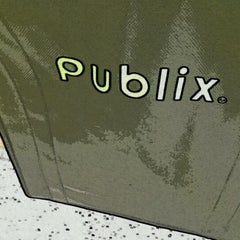 Photo taken at Publix by Manny E. on 6/13/2012