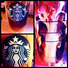 Photo taken at Starbucks by Brittany Marie 💋 on 4/22/2012