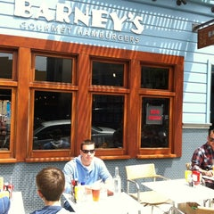 Photo taken at Barney's Gourmet Hamburgers by Bob Q. on 7/25/2012