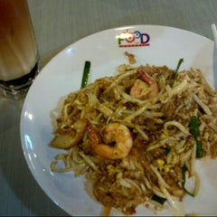 Photo taken at Food Channel by Syah Y. on 8/30/2012