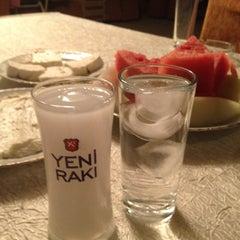 Photo taken at Sahin Tepesi - Kabadayi Besir'in Yeri by Çağdaş Timur D. on 8/27/2012