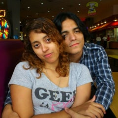 Photo taken at Peter Piper Pizza HEB Matamoros by Juan G. on 4/28/2012