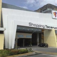 Photo taken at Shopping Tacaruna by Douglas on 7/26/2012