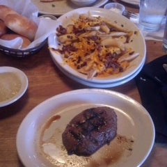 Photo taken at Texas Roadhouse by Bradley P. on 5/5/2012